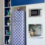 Декорирование холодильника самоклеящейся плёнкой