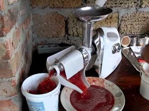 Как собрать соковыжималку в мясорубке