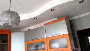 Спрятать гофру под натяжным потолком