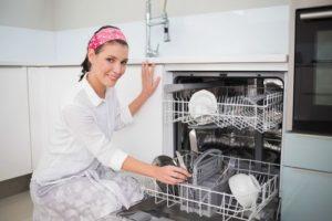 Потемнела мясорубка после посудомойки
