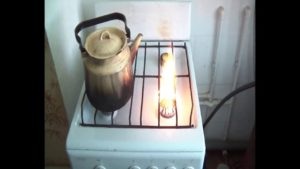 коптит печка