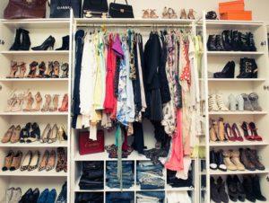 Как навести порядок в шкафу.