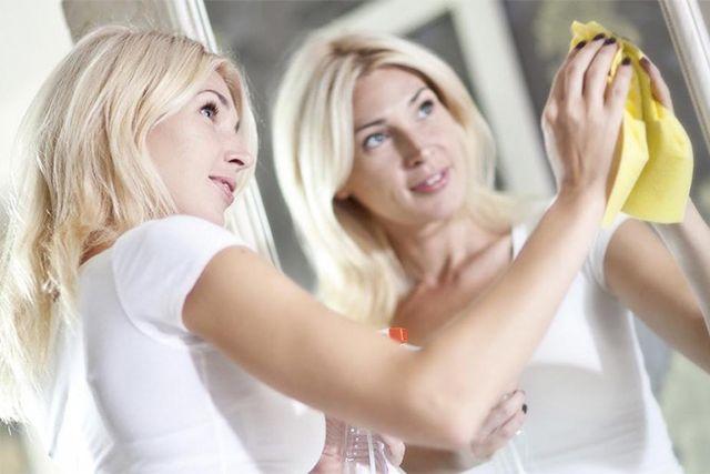 Зеркала нуждаются в регулярном и правильном уходе.