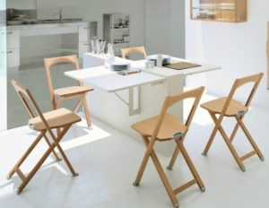 сколько стульев должно быть на кухне