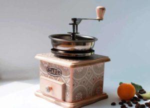 выбор ручной кофемолки
