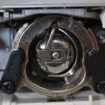 Что такое качающийся челнок в швейной машине.