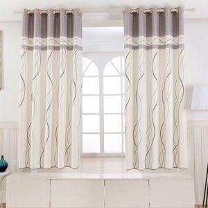 Дизайн коротких штор для спальни.