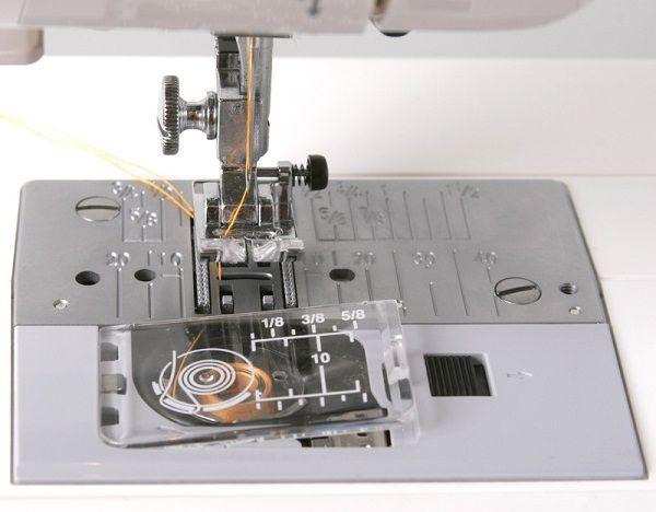 Горизонтальный челнок в швейной машине