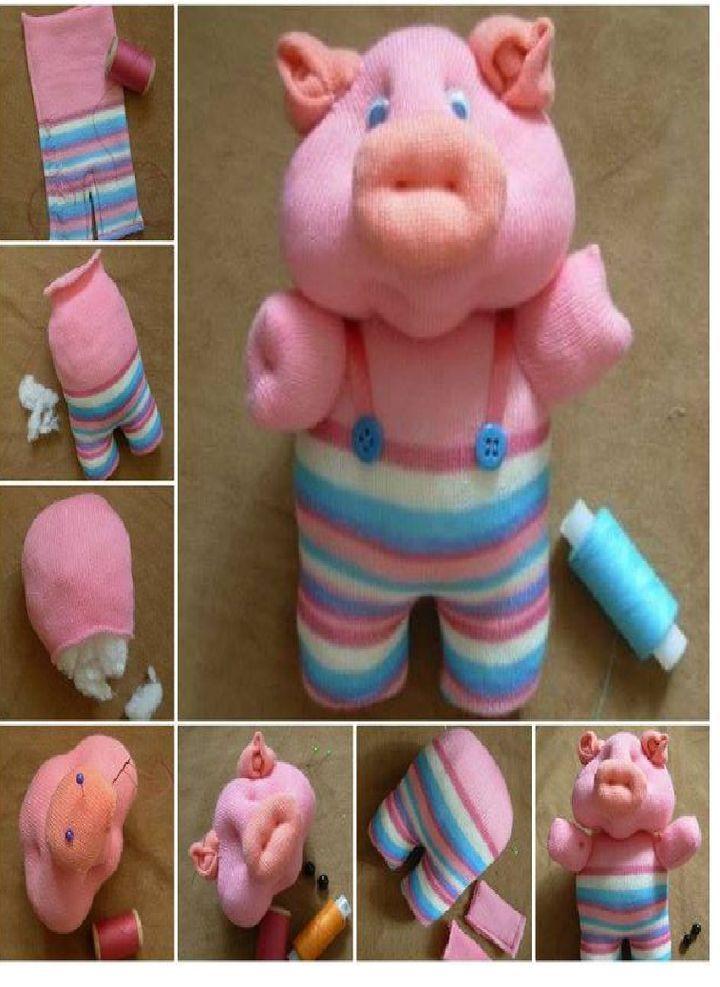 Этапы изготовления свинки из детских колготок.