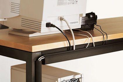 Как спрятать провода от компьютера