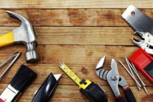 Инструменты для изготовления стола.