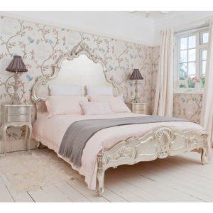 Отличительные черты французских кроватей