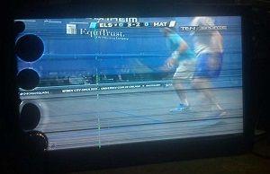 Повреждения на экране телевизора