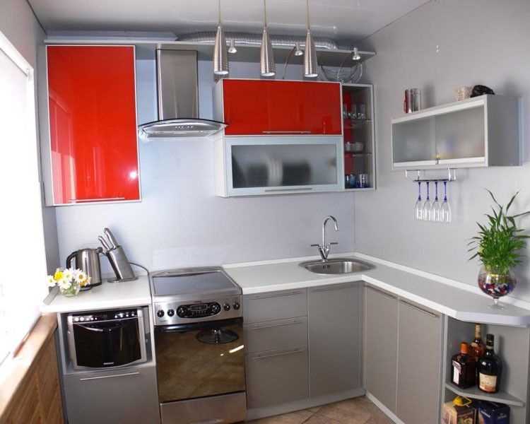 Вариант расположения кухонного гарнитура.