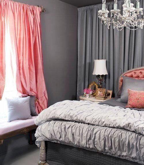Розовые шторы в серую спальню.