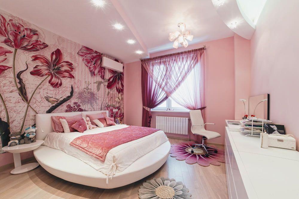 Особенности оформления спальни в розовом цвете.