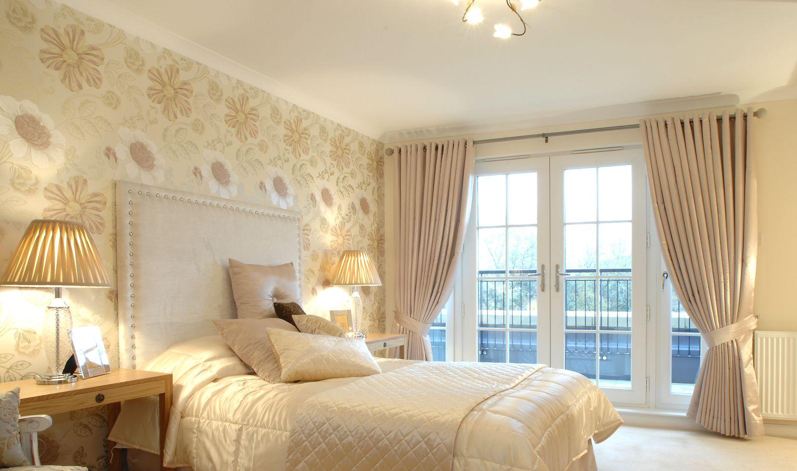 Текстиль в спальне.