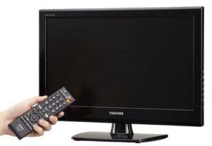 Телевизор щёлкает и не включается.
