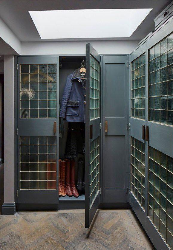 Угловой шкаф в спальню в стиле лофт