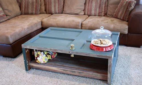 Журнальный столик из старой мебели.