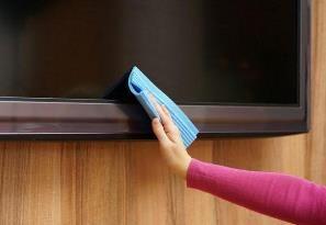 Убрать царапины с экрана телевизора
