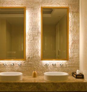 декорирование зеркала с подсветкой