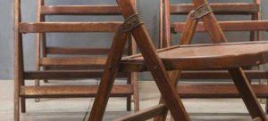 первые откидные кресла