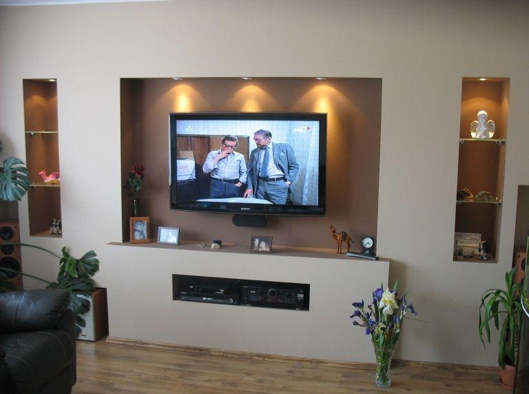 Повесить телевизор без кронштейна на стену
