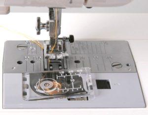 Тип челнока в швейной машине какой лучше.
