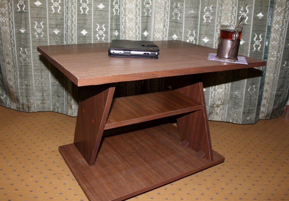 журнальный столик из дсп