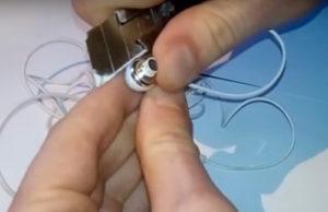 Как разобрать вакуумный наушник