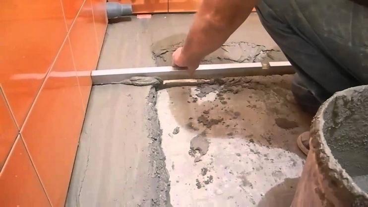 Стяжка пола в ванной под плитку