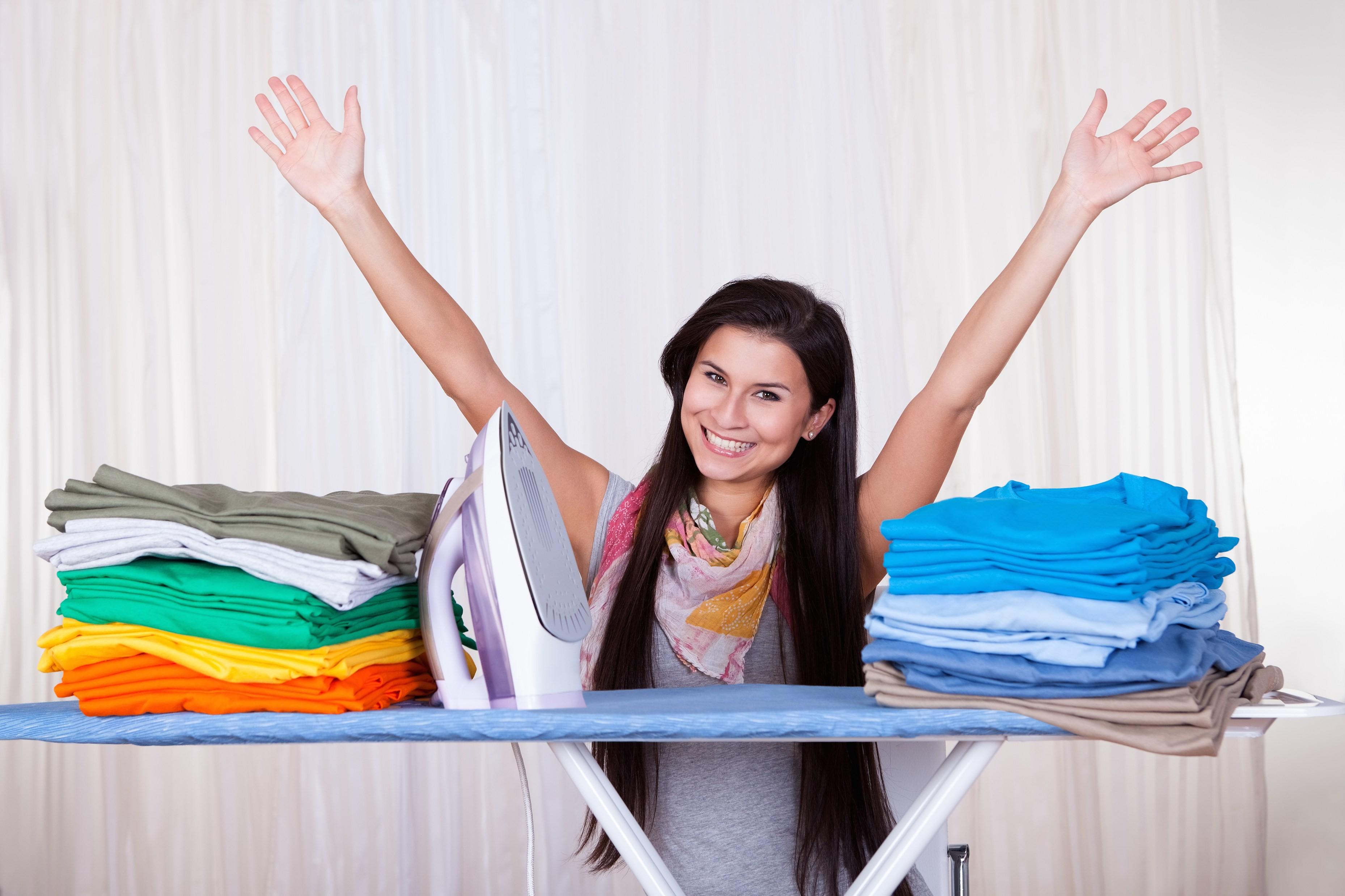 Почему выгодно гладить с фольгой