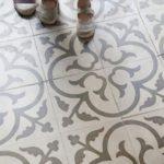 Можно ли красить плитку на полу
