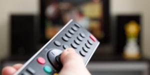 televizor-ne-reagiruet-na-pult