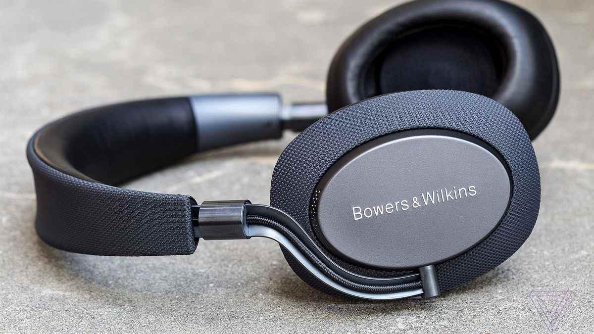 Bowers & Wilkins (B&W) PX.