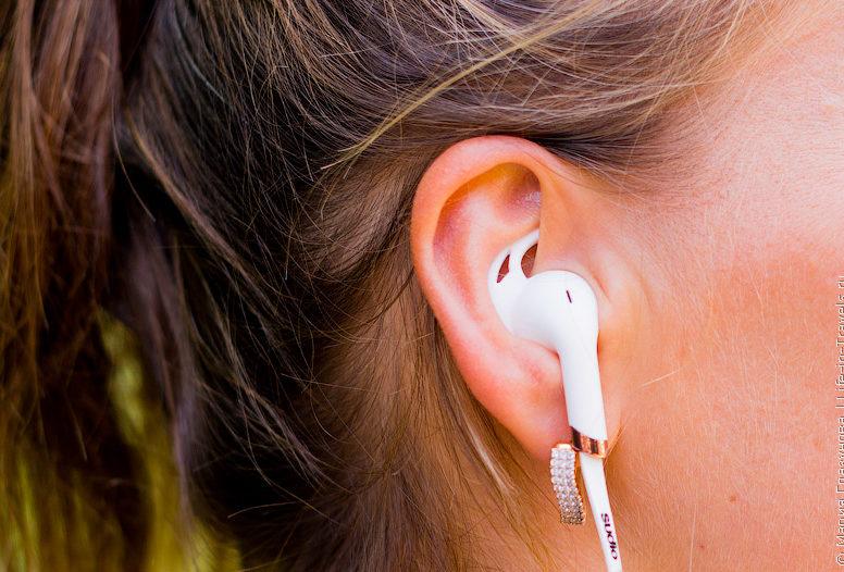 болят уши от маленьких наушников