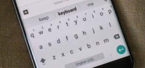 клавиатура на смартфоне