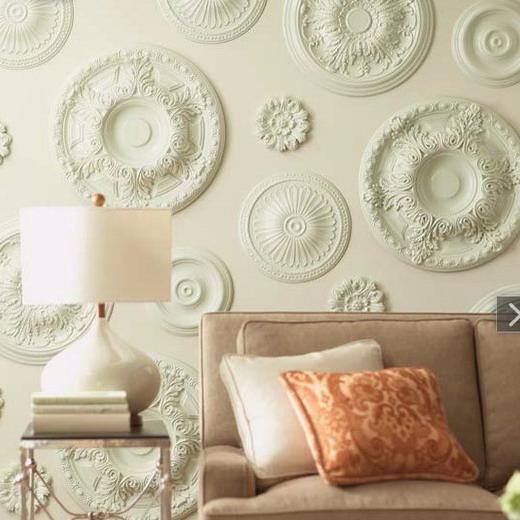 Бюджетный декор стен в спальне своими руками
