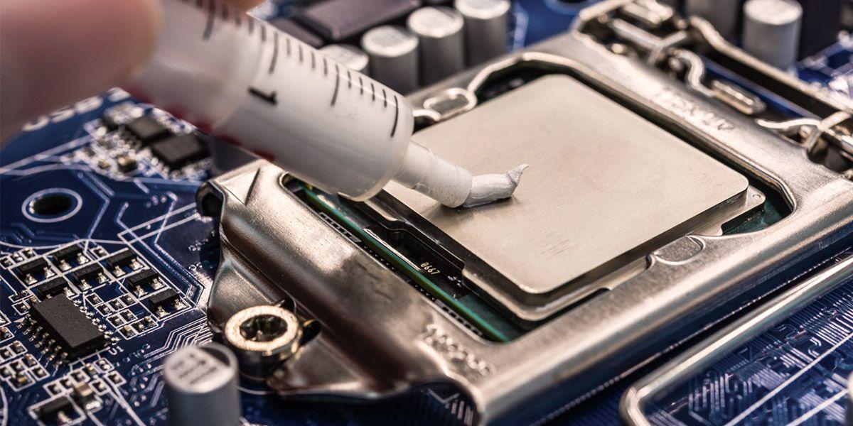 Замена термопасты на ноутбуке.