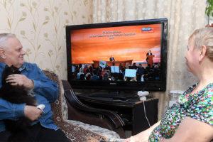 Почему пожилым людям нужно меньше смотреть телевизор
