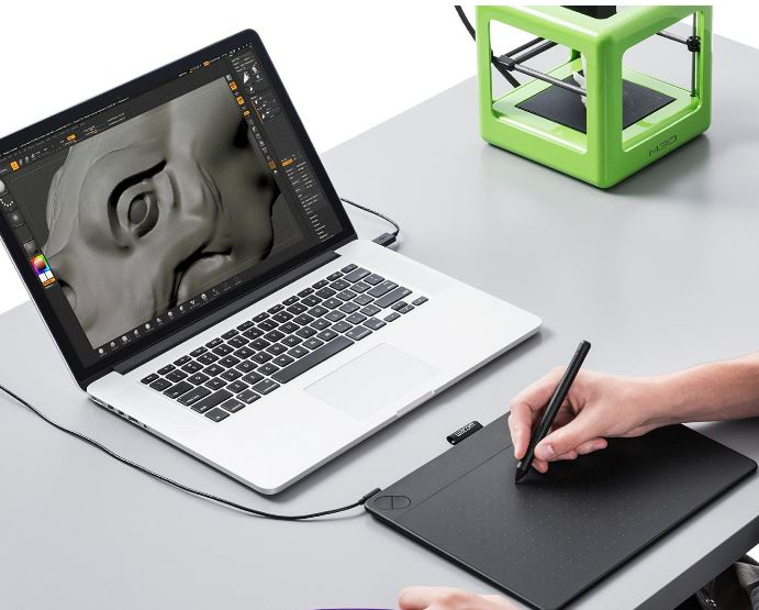 Планшет для 3D-моделирования.