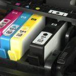 Картридж струйного принтера.