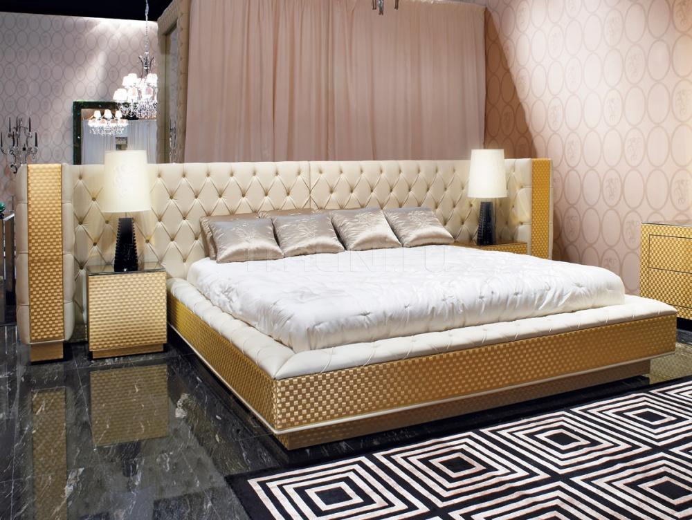 кровать на 3-4 человекв