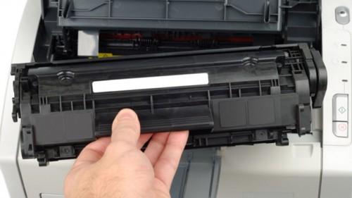 замена картриджа в струйном принтере