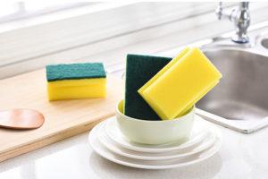 9 хитрых трюков с губкой для посуды, которые должна знать каждая хозяйка