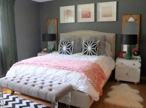 Зачем в спальне возле кровати ставят скамейку