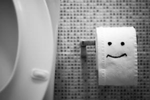 Можно ли бросать в туалет туалетную бумагу