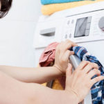 Что будет, если в стиральную машину загрузить больше белья
