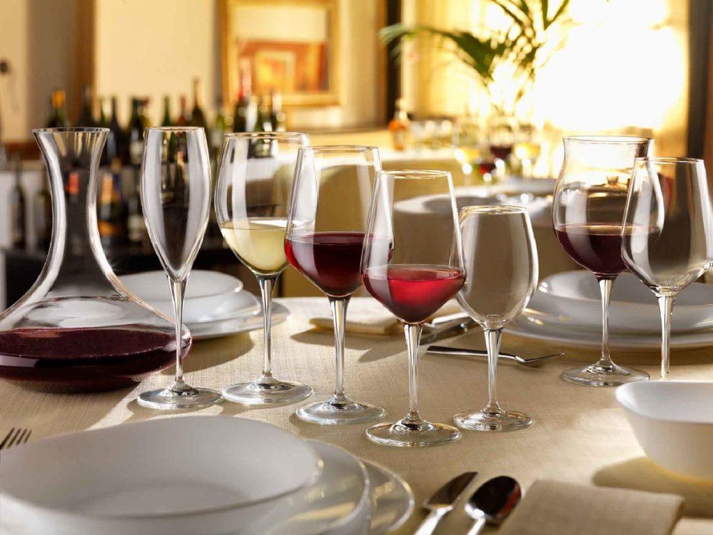 Почему бокалы для вина разные